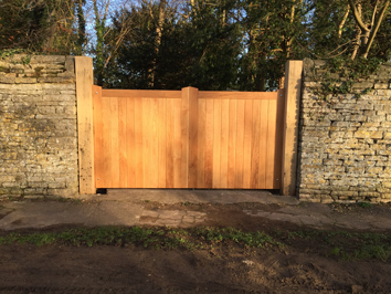 Custom made gates from rockingham joinery